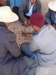 Jouant a la Kherbga